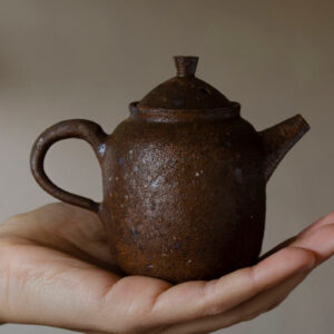 Patipatti Handmade Teapot - Rough Clay Chestnut