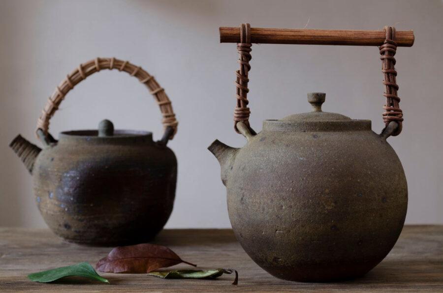 Patipatti Handmade Teapot - Rough Clay Moon Sphere
